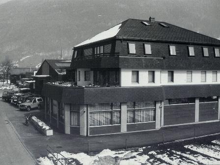 Elmer und Blumer Mollis, 1986
